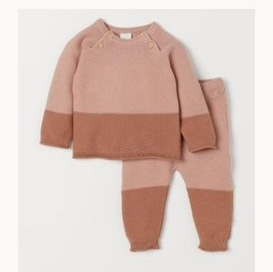 H&M exclusive baby girl sweater and pants
